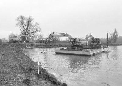 pontone per lavori spondali e in acqua